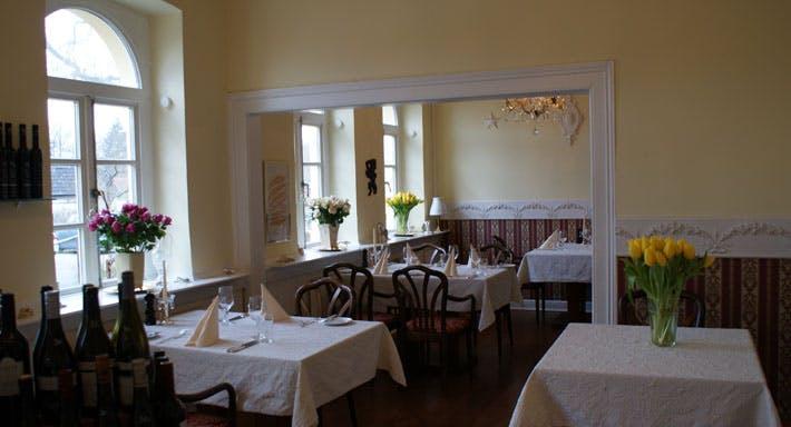 Altes Jagdhaus Hannover image 1