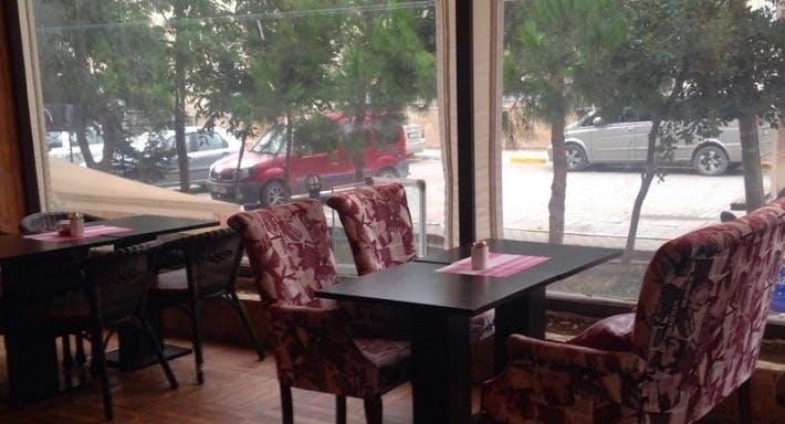 Mia Cafe & Restaurant