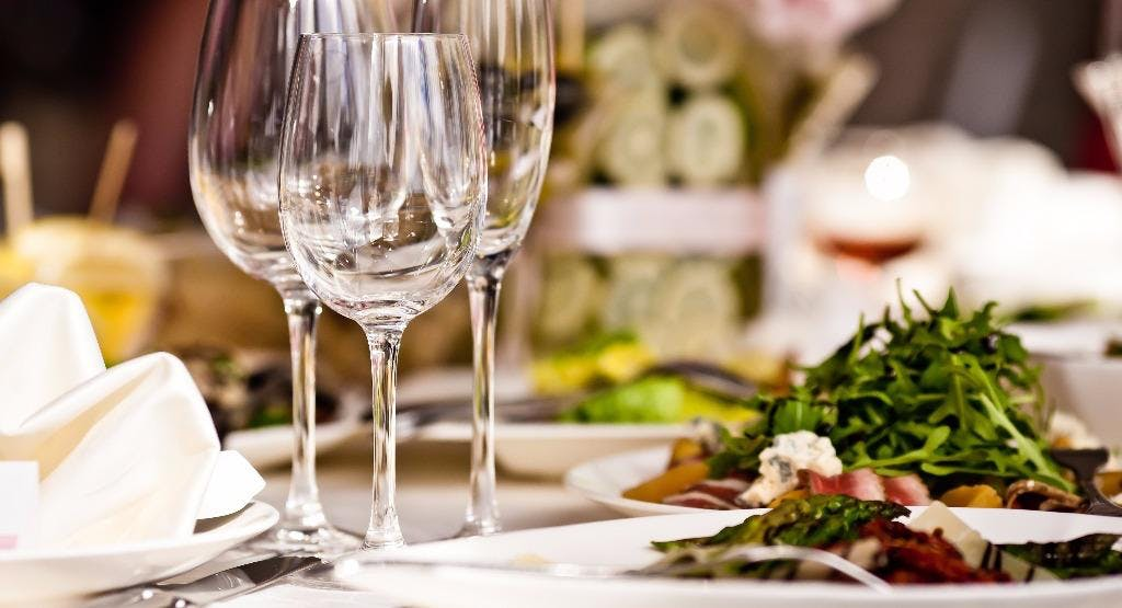 Tas Firin Restaurant London image 1