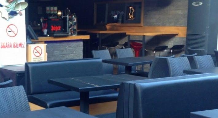 Ah-Pub Bar & Restaurant İstanbul image 3