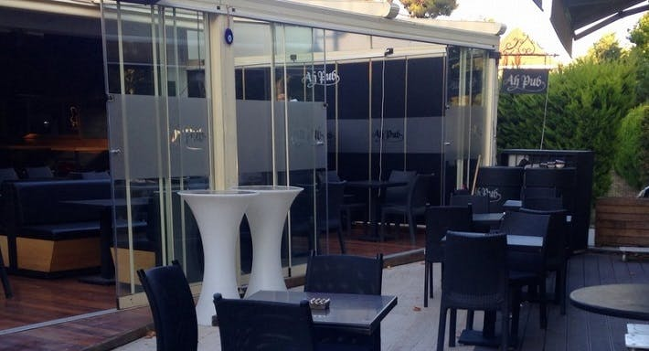 Ah-Pub Bar & Restaurant İstanbul image 2