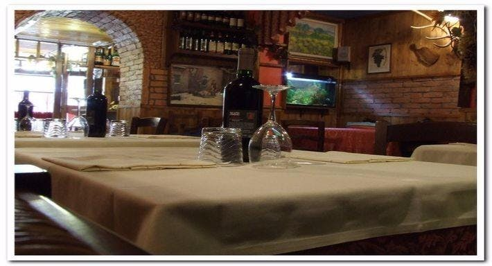 Gola di Bacco Lucca image 3