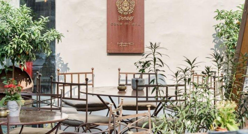 Raffinati tavolini esterni in stile rétro per il Mimmo Milano, ristorante all'aperto - Fonte: Quandoo