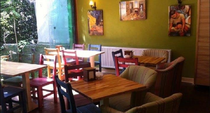 Zeytin Cafe & Bar İstanbul image 2