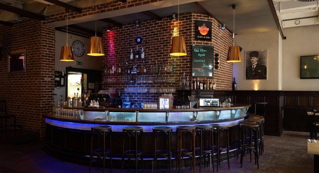 PALET Bar & Grill München image 1
