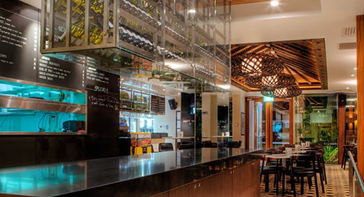 Silver Spoon Bistro - The Lakes Hotel Sydney image 4