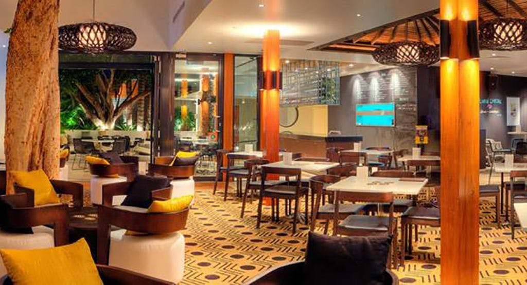 Silver Spoon Bistro - The Lakes Hotel Sydney image 1