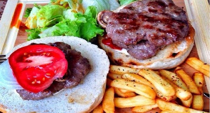 Casap Burger İstanbul image 3