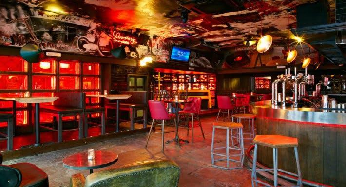 Bar Soho London image 4