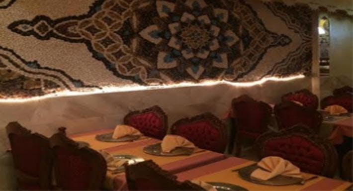 Taj Mahal Tandoori Restaurant