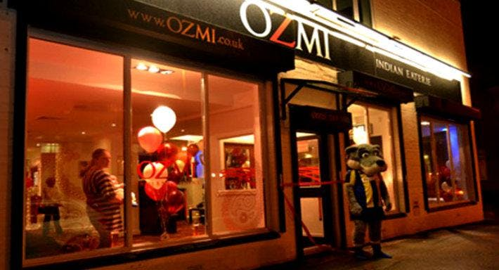 Ozmi Warrington image 1