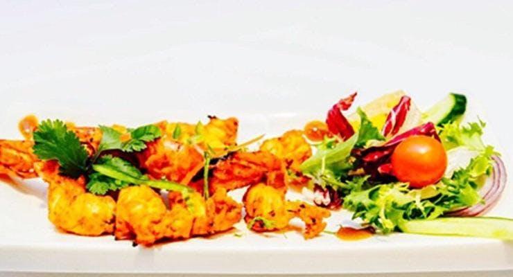 Everest Dine - Hinckley Hinckley image 3