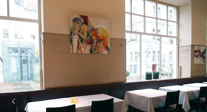 Café Florianihof Wien image 4
