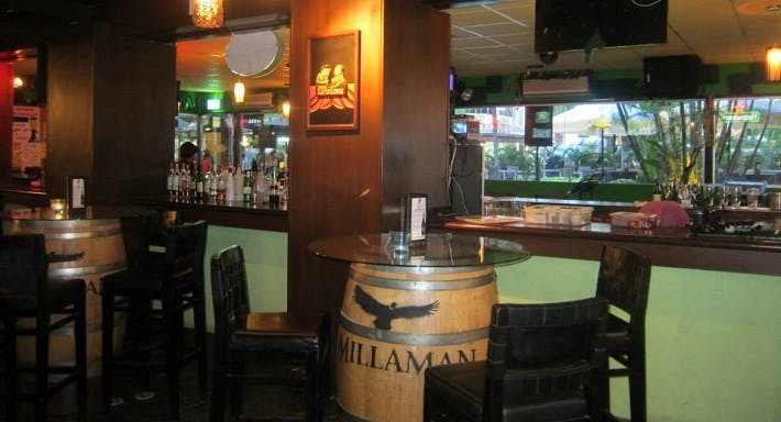 Mel's Place Singapore image 1