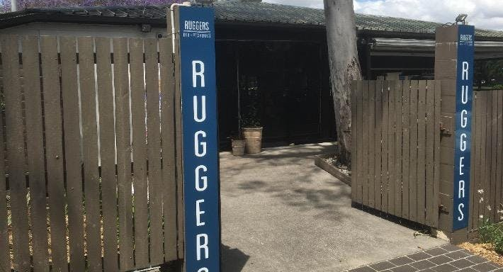Ruggers Bar & Restaurant Brisbane image 3