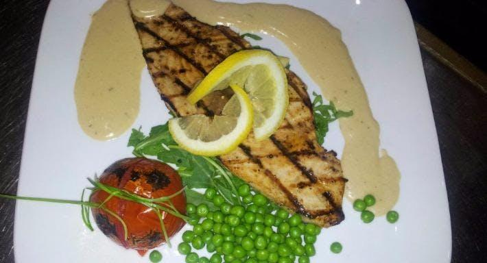 Aegean Restaurant Cardiff image 3