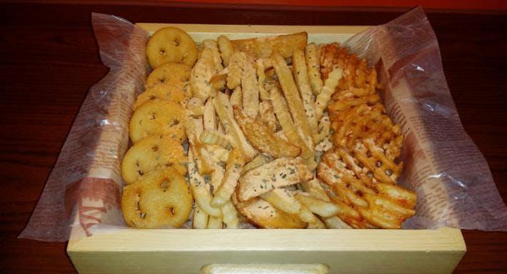 Chicken HOF & SOJU 李家 - Tsim Sha Tsui 尖沙咀店 Hong Kong image 5