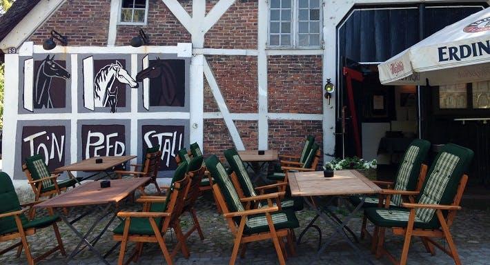To'n Peerstall Hamburg image 5