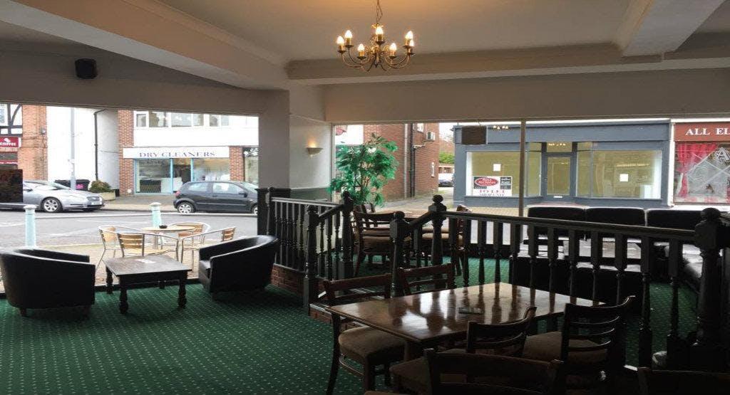 Napoleons Bar & Cafe
