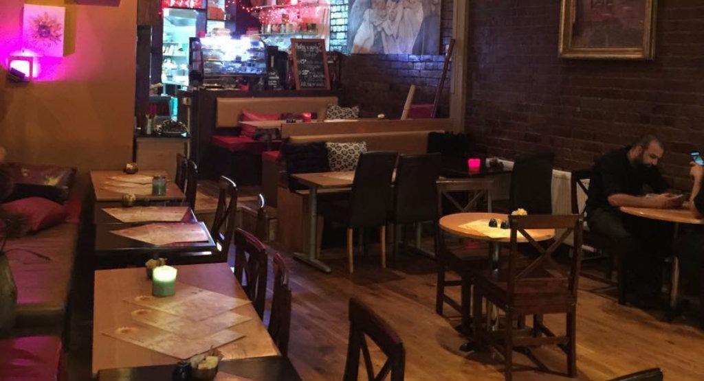 La Cafetiere Leeds image 1