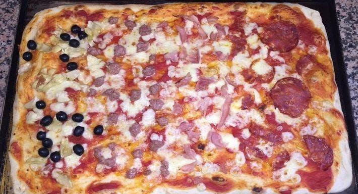 Pizza Regina Prato image 2
