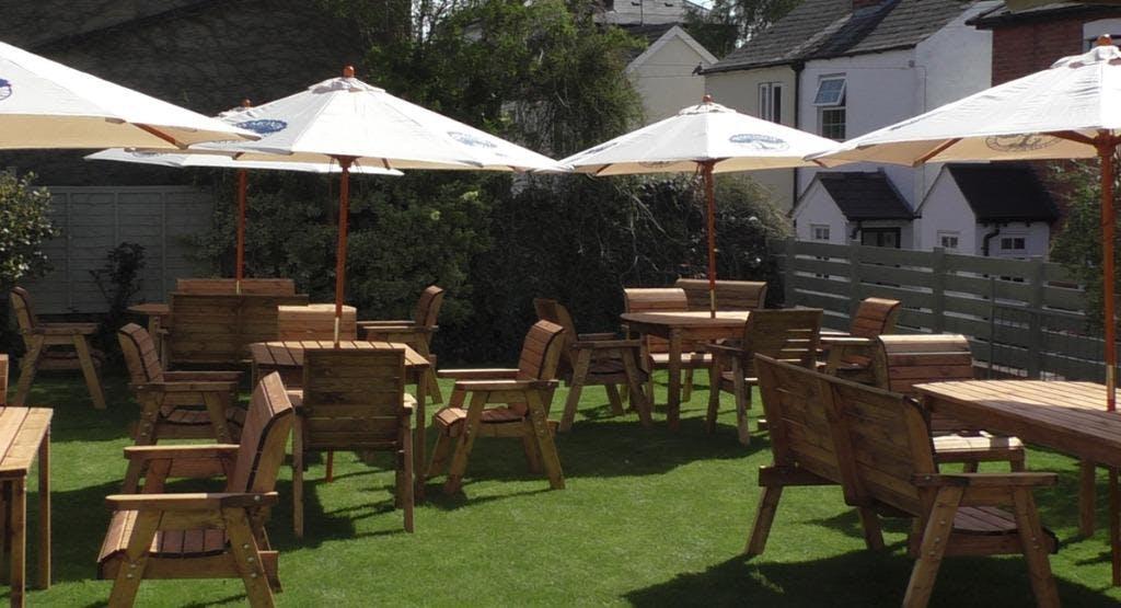Merryfellow Inn Cheltenham image 1