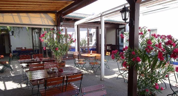 Manuels Taverne Schwechat image 3
