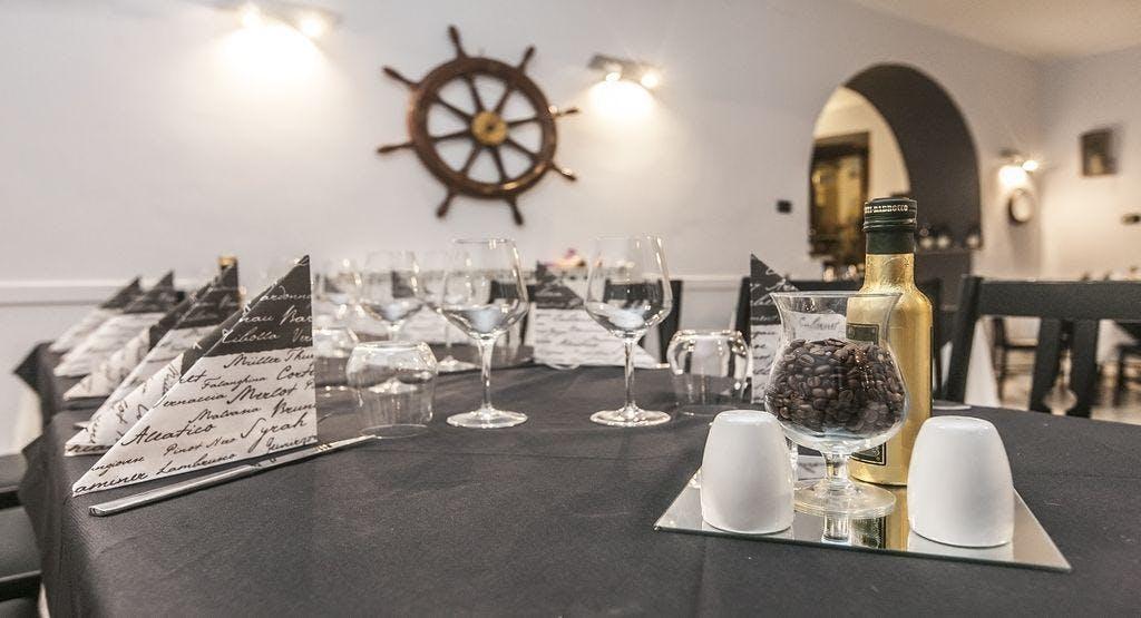 2F Restaurant Genova image 1