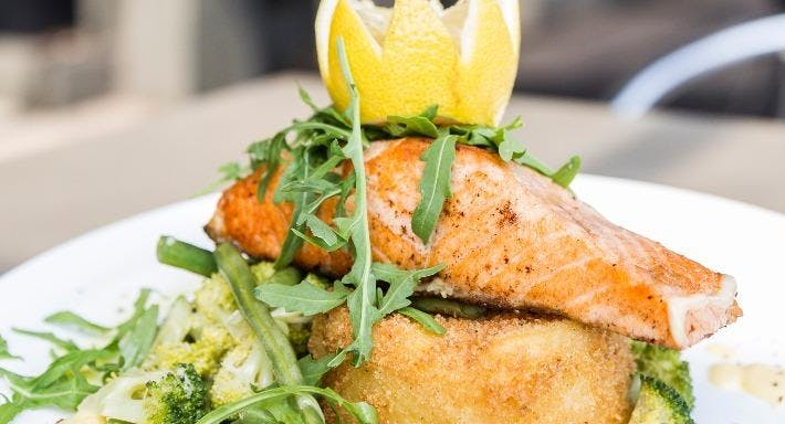 Zanetti Cafe Bar & Restaurant Melbourne image 3