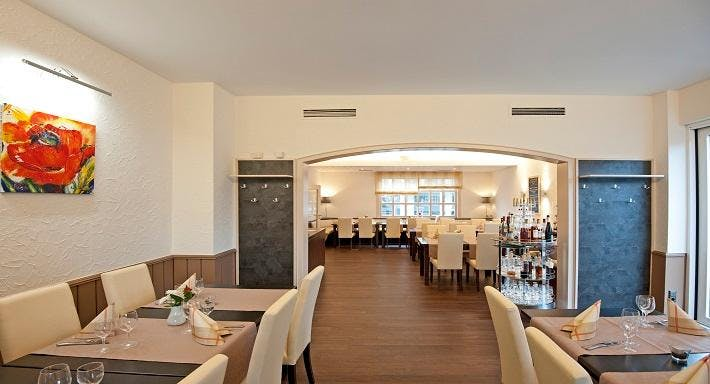 Hotel Restaurant Kromberg Remscheid image 2