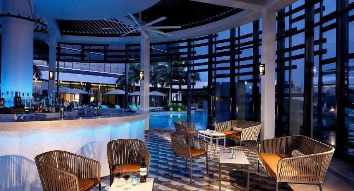 Aqua Luna Singapore image 1