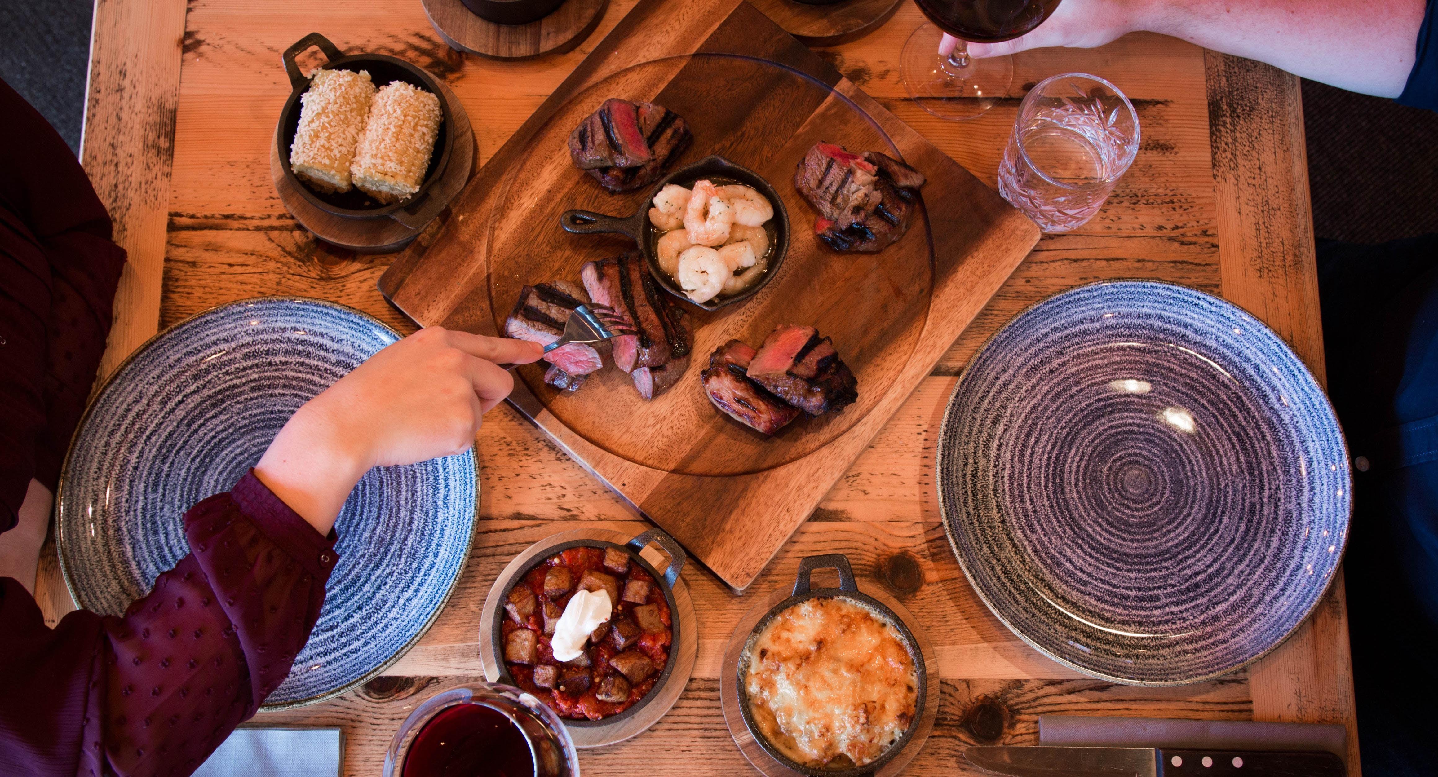 Tomahawk Steakhouse - Husthwaite Husthwaite image 1