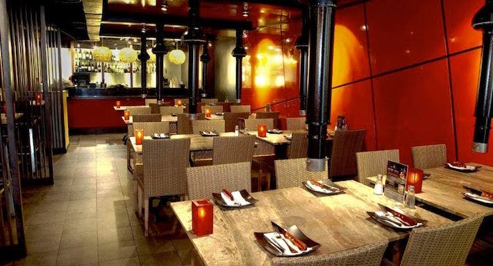 Hot Stones Steak & Seafood Restaurant - Clarke Quay Singapore image 2