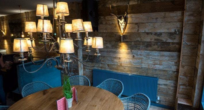 Porky's Ski Hutte Liverpool image 8