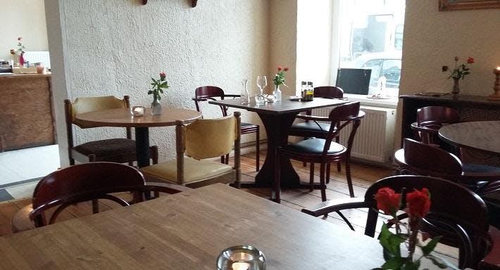 Cafe-Taverne [a'lu] Berlin image 3