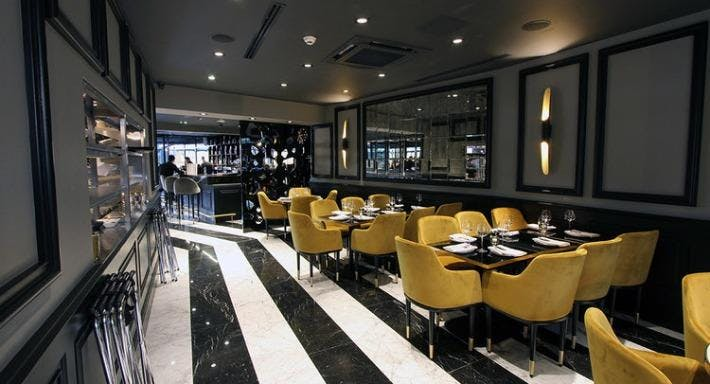 Lokkum Bar & Grill London image 3