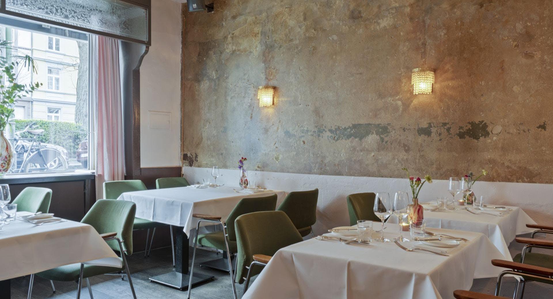 Blumen – Restaurant in der Bar Frankfurt image 3