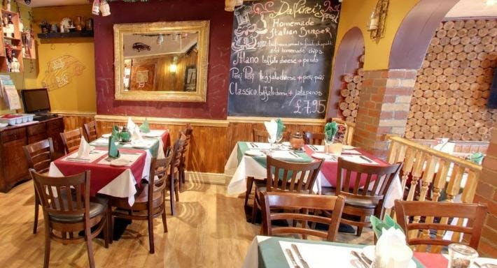 Da Vinci's Italian Restaurant Newcastle image 1