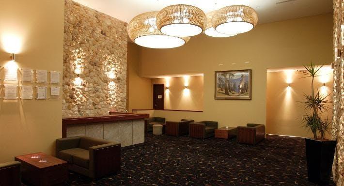 Lapstone Hotel Sydney image 3