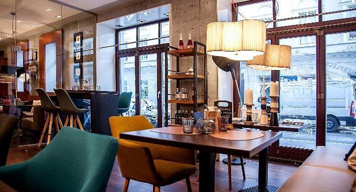 M Lounge Wien image 2