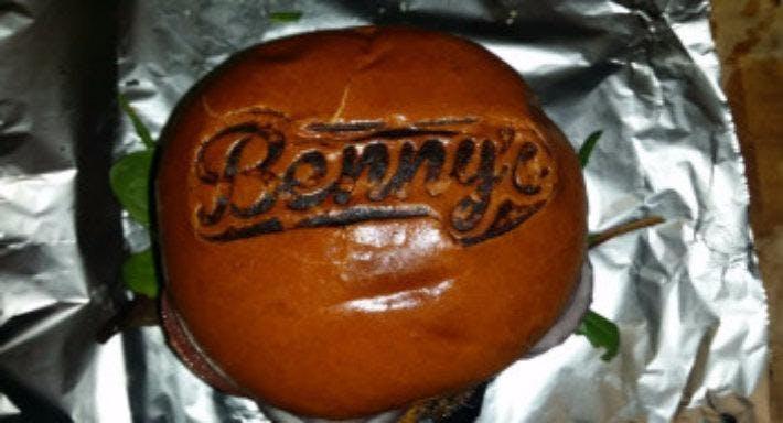 Benny's Burger Town