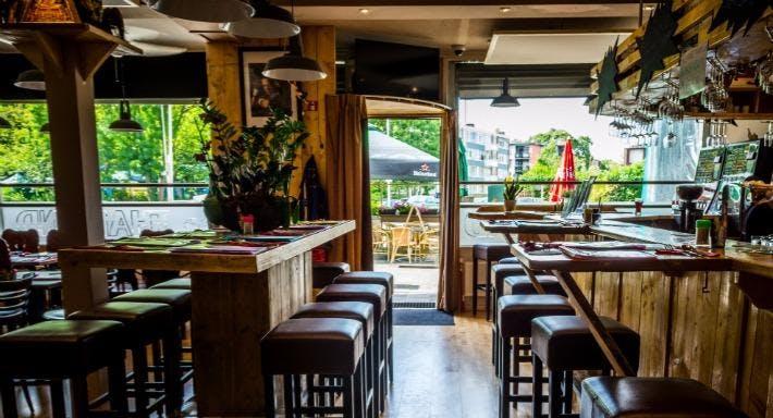 Eetcafe Restaurant Thailand Rotterdam image 6