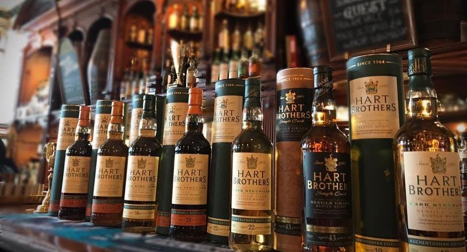 Bennets Bar Edinburgh image 3