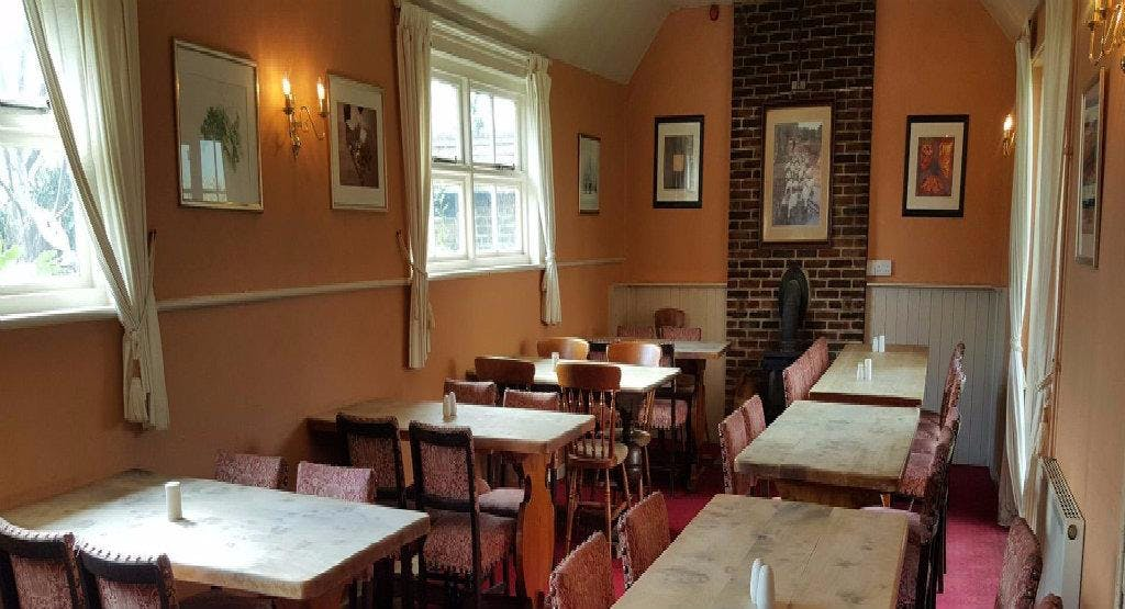 The Anglesey Arms Chichester image 1