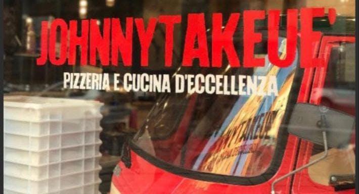 Johnny Take Uè Milano