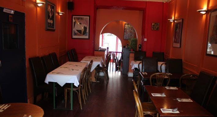 Blues Tapas Bar and Restaurant London image 3