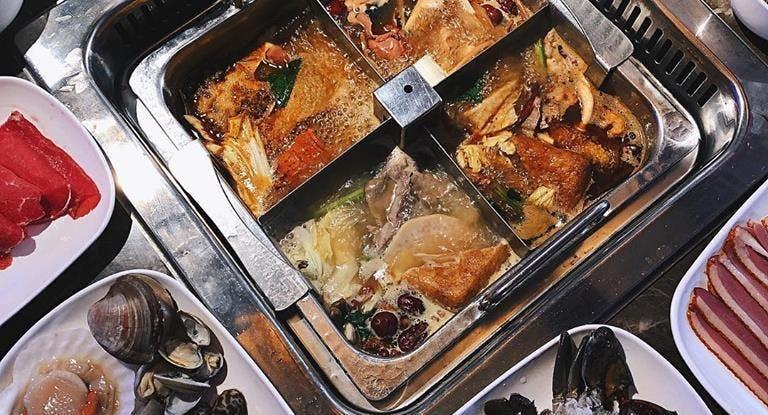 Thai Tanic Live Seafood Hotpot Singapore image 1