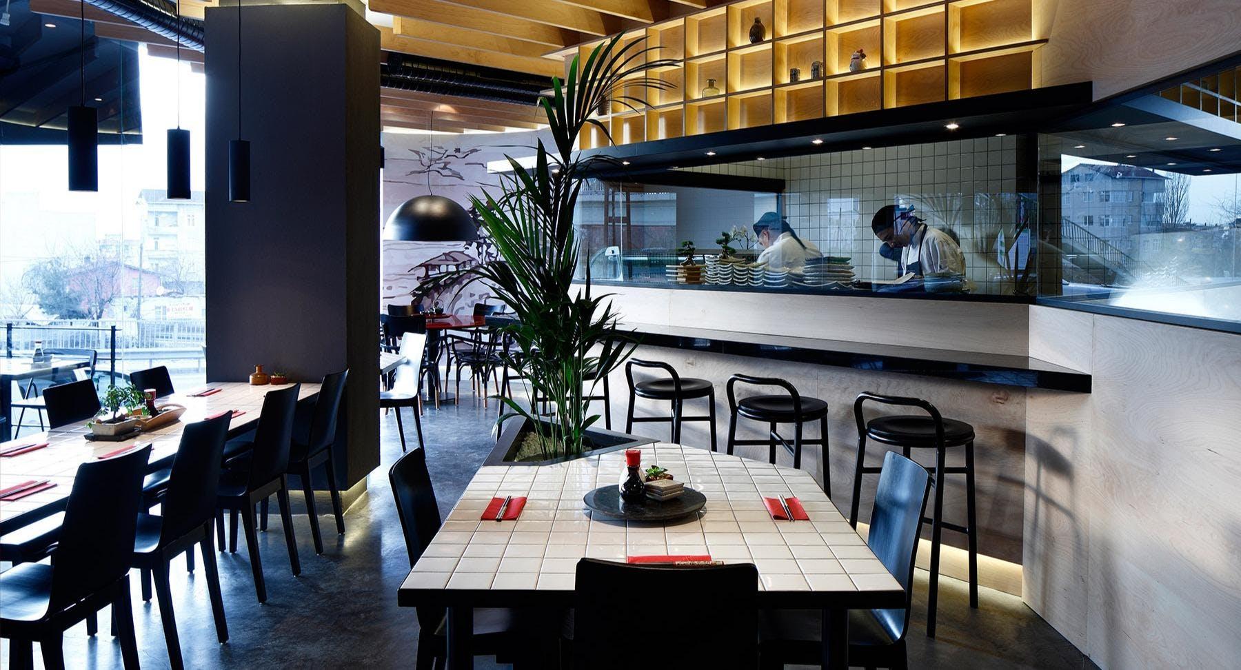 Oishii Wok & Sushi Istanbul image 1