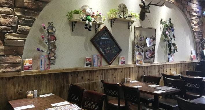 莱茵河餐廳 Rhine River Restaurant & Bar Hong Kong image 2