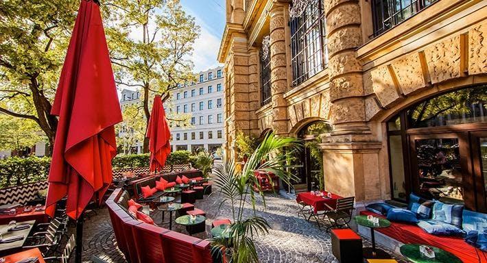 HEART Restaurant Bar München image 1